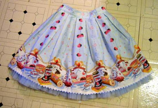 Strawberry Cream skirt, front